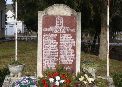 Csörnyeföld II.vh emlékmű 2009.0213.küldő-Sümec (1)
