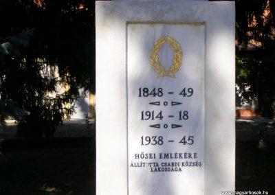 Csabdi világháborús emlékmű 2012.09.10. küldő-Méri (2)