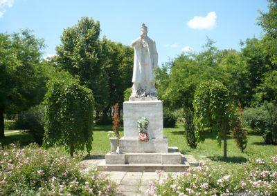 Csanádalberti I. világháborús emlékmű 2013.06.15. küldő-Sümec (1)