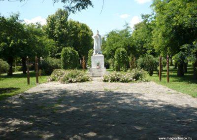 Csanádalberti I. világháborús emlékmű 2013.06.15. küldő-Sümec