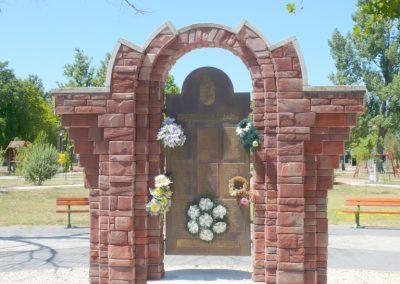 Csanádpalota II. világháborús emlékmű 2012.07.14. küldő-Sümec (13)