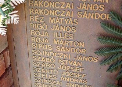 Csanádpalota II. világháborús emlékmű 2012.07.14. küldő-Sümec (9)