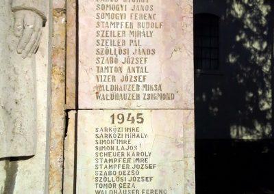 Csatka világháborús emlékmű 2014.01.14. küldő-Méri (5)