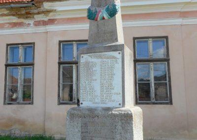 Csekefalva I. világháborús emlékmű 2017.08.22. küldő-Szklenár László (Mónika 39-né)