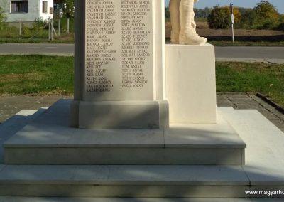 Csenger felújított világháborús emlékmű 2018.11.12. küldő-Eszterhai Zsuzsa (3)