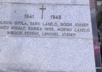 Csenke II. világháborús emlékmű 2012.03.18. küldő- Nagy Amália, készítette Molnár Attila, a csenkei Baranta Csapat vezetője (3)