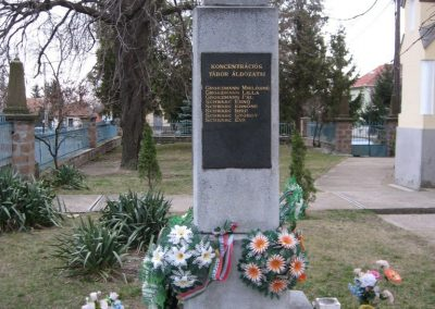 Cserépfalu II.vh emlékmű 2007.03.09.küldő-Kályhás (2)