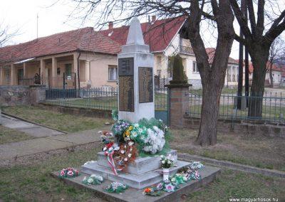 Cserépfalu II.vh emlékmű 2007.03.09.küldő-Kályhás