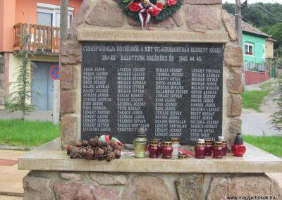 Cserépváralja világháborús emlékmű 2011.07.30. küldő-kalyhas (3)