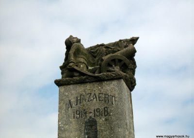 Csertő világháborús emlékmű 2010.08.21. küldő-Mistel (2)