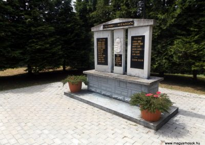 Csertalakos világháborús emlékmű 2016.08.13. küldő-kalyhas (7)