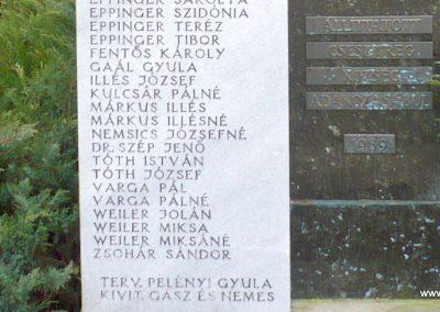 Csesztreg II.vh emlékmű 2009.02.12. küldő-Sümec (4)