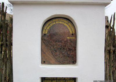 Csesztve-Bakópuszta világháborús emlékmű 2012.03.08. küldő-kalyhas (3)