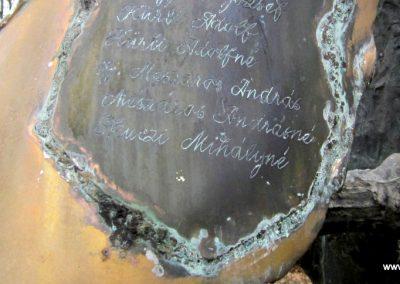 Csesztve világháborús emlékmű 2012.03.08. küldő-kalyhas (10)