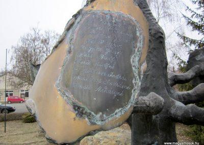 Csesztve világháborús emlékmű 2012.03.08. küldő-kalyhas (5)