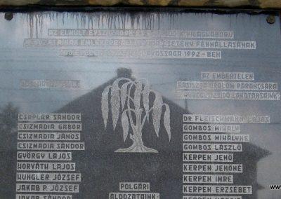 Csetény II.vh emlékmű 2010.07.22. küldő-kalyhas (3)