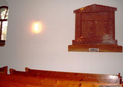 Csicsó Református templom I. világháborús emléktábla 2009.10.29. küldő-Nagy Amália