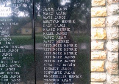 Csikóstöttös világháborús emlékmű 2014.09.11. küldő-KRYSz (4)