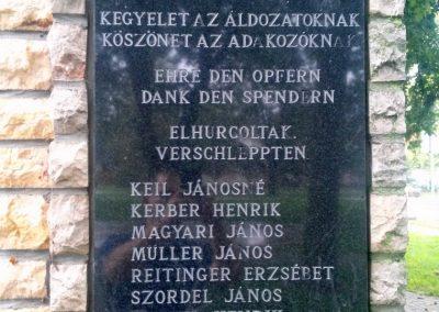 Csikóstöttös világháborús emlékmű 2014.09.11. küldő-KRYSz (5)