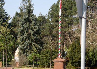 Csongrád I. világháborús emlékmű 2015.04.12. küldő-Emese (15)