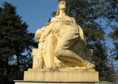 Csongrád I. világháborús emlékmű 2015.04.12. küldő-Emese (2)
