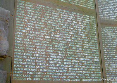 Csongrád II. világháborús emlékmű 2015.04.12. küldő-Emese (10)