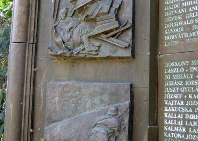 Csongrád II. világháborús emlékmű 2015.04.12. küldő-Emese (12)
