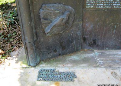 Csongrád II. világháborús emlékmű 2015.04.12. küldő-Emese (14)