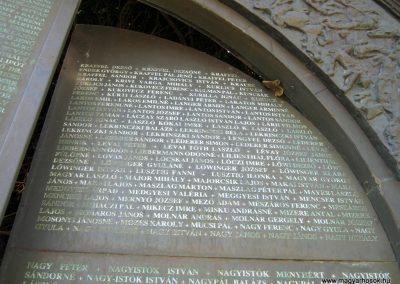 Csongrád II. világháborús emlékmű 2015.04.12. küldő-Emese (16)