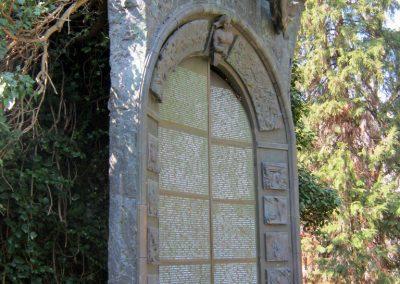 Csongrád II. világháborús emlékmű 2015.04.12. küldő-Emese (3)