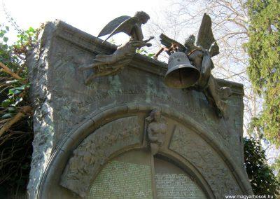 Csongrád II. világháborús emlékmű 2015.04.12. küldő-Emese (5)