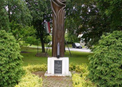 Csonkahegyhát világháborús emlékmű 2009.06.03.küldő-HunMi
