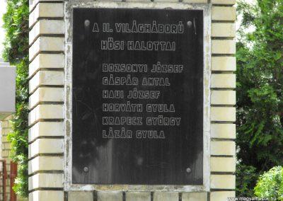 Csonkamindszent világháborús emlékmű 2010.05.09. küldő-ProBB (2)