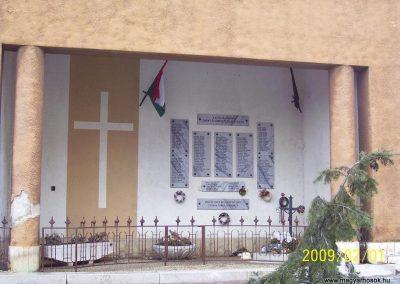 Csorna II.vh emlékhely 2009.02.01.küldő-Ancsa84 (1)