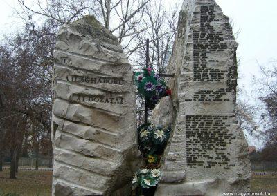 Csorvás II. világháborús emlékmű 2007.01.01. küldő-Zsóki