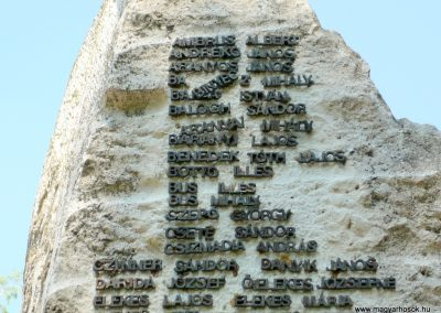 Csorvás II. világháborús emlékmű 2012.08.02, küldő-Sümec (2)