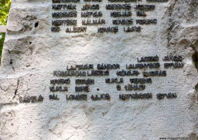 Csorvás II. világháborús emlékmű 2012.08.02, küldő-Sümec (6)
