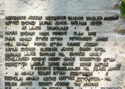 Csorvás II. világháborús emlékmű 2012.08.02, küldő-Sümec (7)