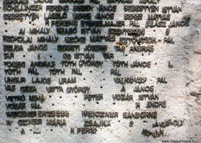 Csorvás II. világháborús emlékmű 2012.08.02, küldő-Sümec (8)