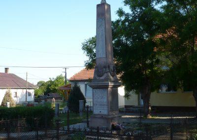 Csurgó-Alsok világháborús emlékmű 2009.05.12.küldő-Sümec