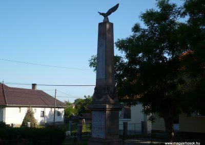 Csurgó-Alsok világháborús emlékmű 2009.05.12.küldő-Sümec (5)
