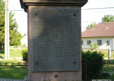 Csurgó-Alsok világháborús emlékmű 2009.05.12.küldő-Sümec (6)
