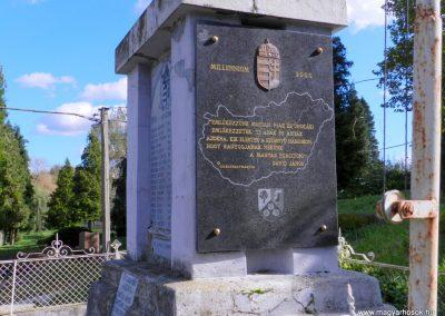 Csurgónagymarton világháborús emlékmű 2014.10.18. küldő-Huber Csabáné (6)