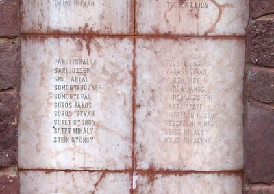 Dég II.vh emlékmű 2010.05.03. küldő-Horváth Zsolt (4)