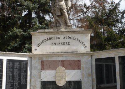Dévaványa világháborús emlékmű 2009.03.27.küldő-Sümec (7)