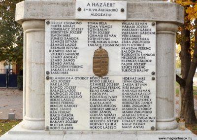 Dömsöd világháborús emlékmű 2015.10.31. küldő-kalyhas (3)