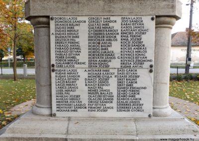 Dömsöd világháborús emlékmű 2015.10.31. küldő-kalyhas (9)