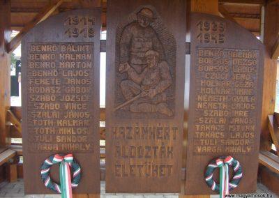 Döröske világháborús emlékmű 2009.01.10.küldő-gyurkusz (1)
