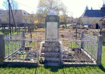Dövény I.világháborús emlékmű 2012.04.09. küldő-Pataki Tamás