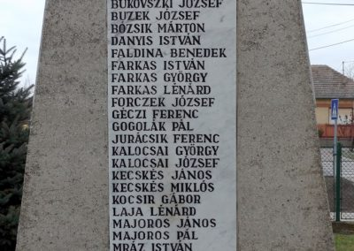 Dabas-Sári világháborús emlékmű 2015.11.27. küldő-kalyhas (11)